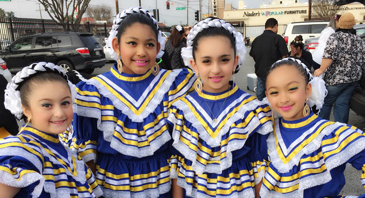 Slider – Folklorico 2016 Girls